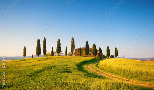Leinwanddruck Bild villa in toscana, italia