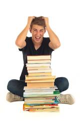 Student mit Bücher verzweifelt 5.12