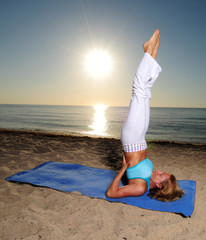 shoulder stand yoga pose