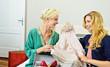 Online-Shopping: Freude über Einkauf