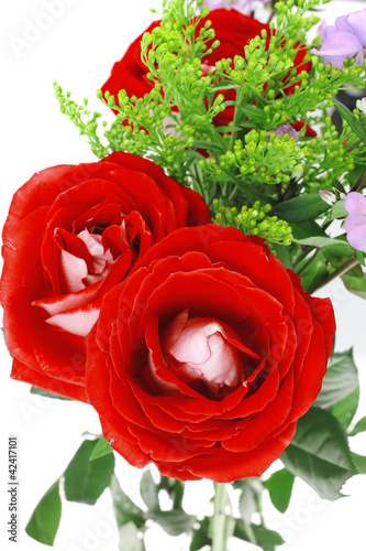 flowers : bouquet of rose and pansy flowers