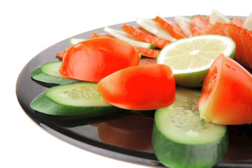 salmon slices and tomatoes