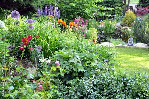 Garten Blumen Beet bunt