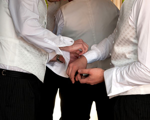 Groomsmen with cufflinks