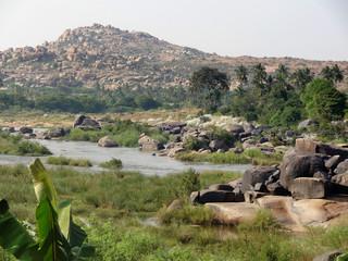 scenery around Hampi