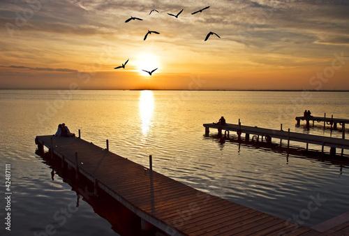Fotobehang Pier Amor en el lago