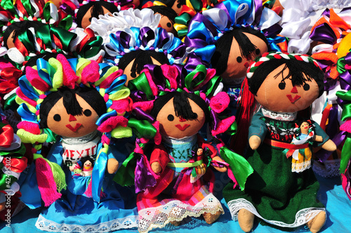 Mexican otomi dolls