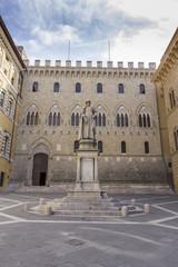 Piazza Salimbeni - Siena, Toscana, Italia