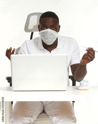 Arzt mit Laptop