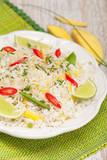 Ryż smażony z mango, chili i zielonym groszkiem poster