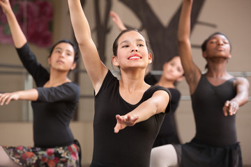 Four Dancers Rehearsing