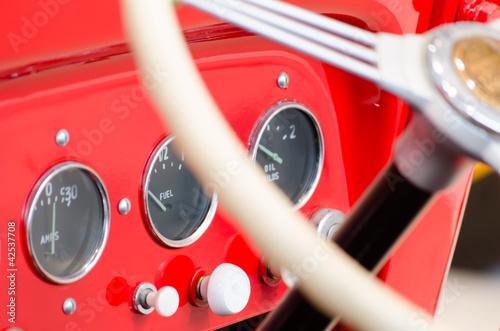 レトロな消防車のダッシュボード