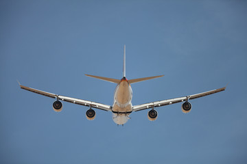 Jetliner from behind