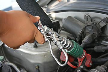natural gas vehicle (NGV)
