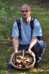 Beim Pilze sammeln