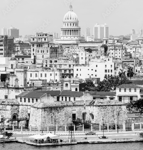 The city of Havana including famous buildings - 42599928