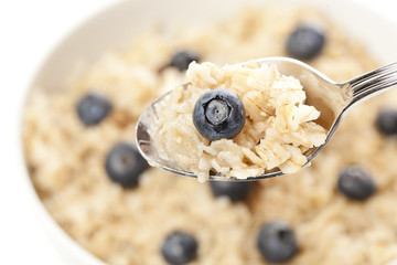 Organic Cooked oatmeal with blueberries