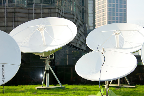 parabolic satellite dish receivers
