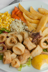 Fried calamari with vegetables