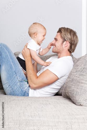 mann und baby