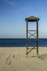 Torretta del bagnino in spiaggia