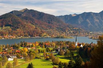 Tegernsee Herbst Seeblick Bergsee Tal Ufer