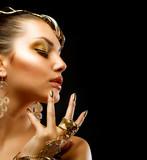 Fototapeta złoto - złoty - Kobieta