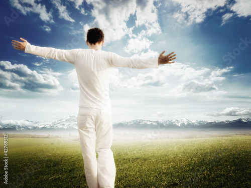 Enjoying pure freedom | Man on a meadow