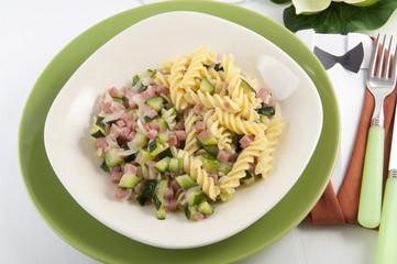 fusilli with zucchini and ham