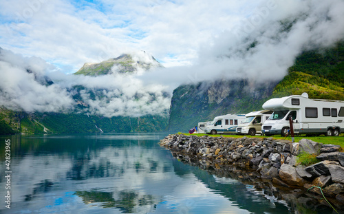 Foto op Canvas Scandinavië Motorhomes at Norwegian campsite