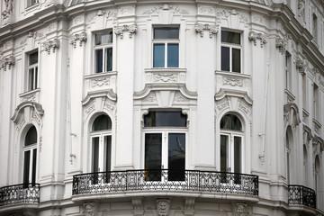 Viennise facade