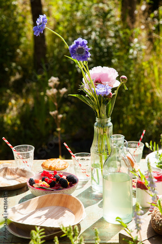 Picnic table outdoors - 42864341