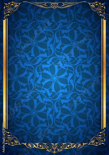 Ayna sütun mavi parlak fonda