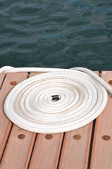 Circle ropes on berth