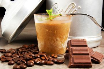Dessert al cioccolato e caffè