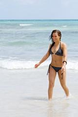 Glückliche Frau am Strand