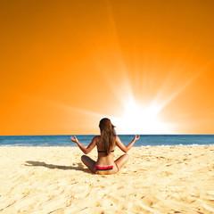 Yoga Sonnenuntergang