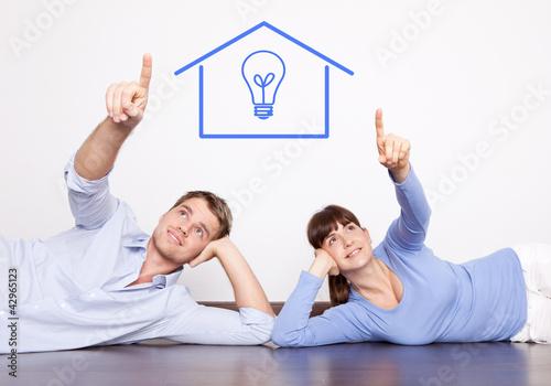 energie bewusst leben paar wohnen