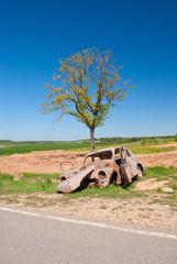 A car wreck on the roadside