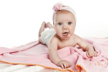 Baby mit Haarband