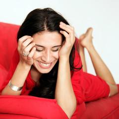Frau auf der Couch