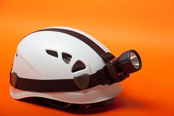 casco per speleologi