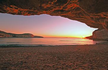 Tramonto in Grotta.