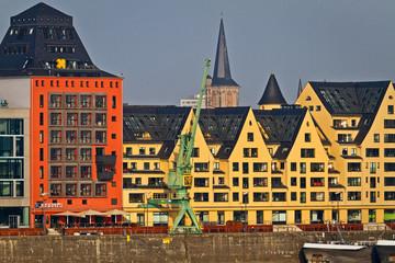 Rheinauhafen in Köln, historische Speicherhäuser
