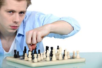 Man paying chess