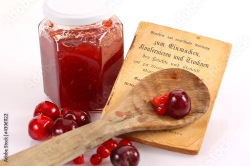 Antikes Rezeptbuch ©yvonneweis