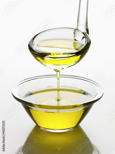 Louche et coupelle d'huile