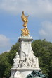 Victoria Monument in London - 43095346