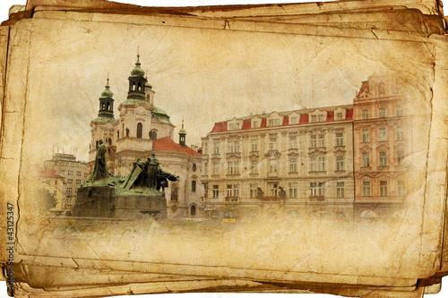 Ulicami Starej Pragi wykonane w stylu retro, jak pocztówki