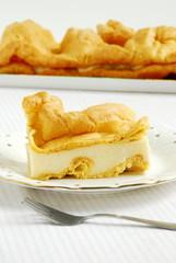 Karpatka - śliczne ciasto ptysiowe z kremem